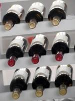 Etiquetas de botellas de vino